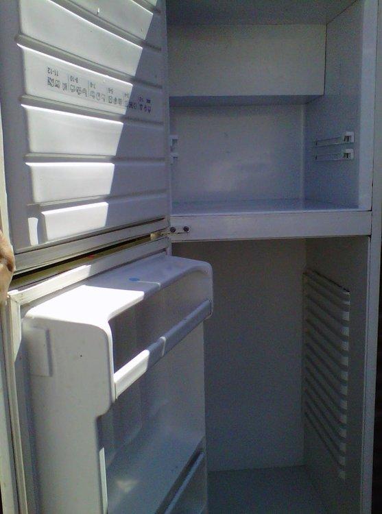 Clean_fridge.thumb.jpg.b508eea0368b3bb90461da3cb0611d5a.jpg