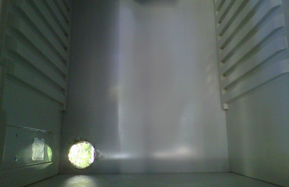 Hole_in_Bottom_Inside_of_Fridge_for_Passive_inlet.thumb.jpg.b0ac68dca218c9bc15be13dd21c6137b.jpg